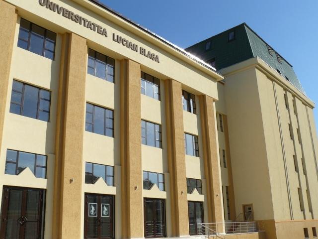 """Universitatea """"Lucian Blaga"""" din Sibiu scoate la concurs aproape 5.200 de locuri în 2017"""