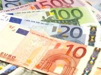 Euro a încremenit la 4,41 lei