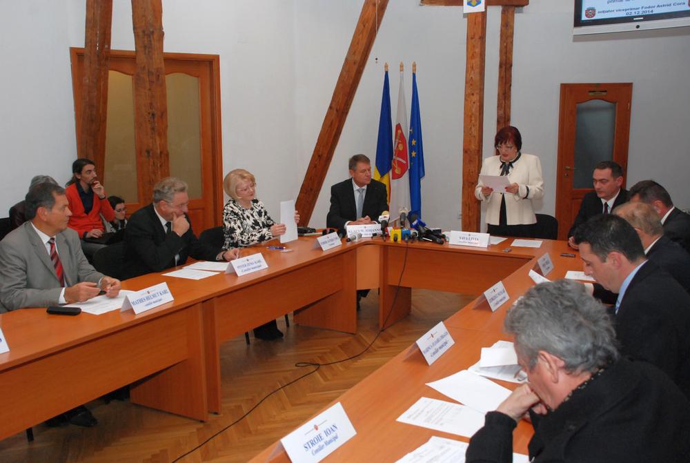 Ședința extraordinară a Consiliului Local a fost prezidată de Livia Sava