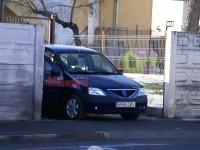 Echipajul SPP vis-a-vis de casa lui Iohannis de pe strada Bâlea
