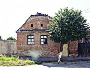 Săracul sat şi bogăţiile lui -Cei interesaţi de turismul cultural au ce vedea la Târnăvioara -Primarul Tudor Mihalache doreşte includerea satului într-o zonă protejată