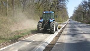 Consiliul Judeţean Sibiu a curăţat pista de biciclete Sibiu-Răşinari-Poplaca