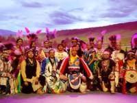 """Grupul de indieni americani """"Yellow Bird Apache Dancers"""" va susţine trei spectacole la Sibiu"""