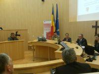 """Mai mulți șefi din Consiliul Județean Sibiu, trimiși în judecată împreună cu jurnalistul """"de casă"""" al PSD-ului! Prejudiciul este de aproape 500.000 de lei"""