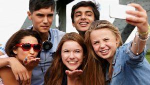 Sondaj pentru tinerii sibieni într-o frumoasă zi de primăvară (II)