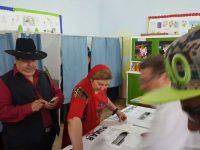 Dorin Cioabă la vot   foto: Facebook / Dorin Cioabă