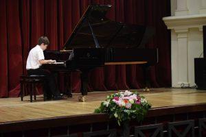 """Bulgaria, România şi Ucraina – câştigătoarele premiilor I la Concursul de intepretare pianistică şi compoziţie """"Carl Filtsch"""" !"""