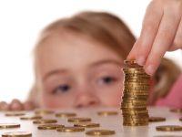 Leul testează cu timiditate aprecierea față de euro