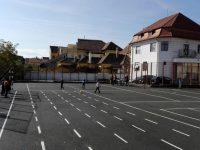 Sport în curtea școlii