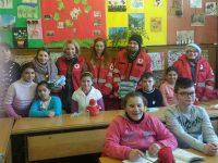 """Crucea Roșie Sibiu a distribuit daruri copiilor din Centrul Școlar de Educație Incluzivă nr 1 și celor Centrul de Plasament pentru Copilul cu Dizabilități """"Speranța"""""""