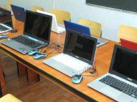 Let's Do It Romania și Garda de Mediu dotează școlile din mediul rural cu laptop-uri și birouri