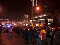 Peste 20.000 de sibieni cer demisia Guvernului! Protestatarii refac traseul de la Revoluția din 1989   IMAGINI ÎN DIRECT