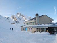Cel mai mare strat de zăpadă din județ, de 153 centimetri, este la Bâlea Lac
