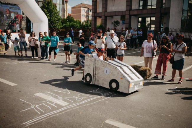 """""""Vecinătatea"""" săsească are acum un Festival care a scos în stradă peste 5.000 de sibieni"""