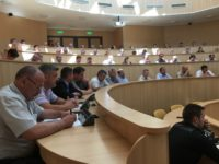 Consiliul Județean și primăriile caută soluții pentru eliberarea titlurilor de proprietate și avizarea PUG-urilor localităților