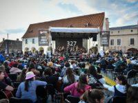 Peste 300 de chitariști din 40 de orașe și 5 țări sunt așteptați la Sibiu pentru cel mai mare concert colectiv de chitară din țară