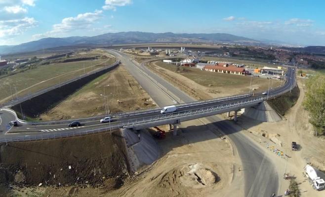 Miniștrii Transporturilor au promis 10.000 km de autostrăzi. Acum, avem mai puțin de 750 km