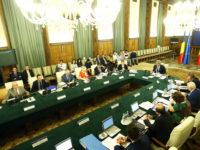 Guvernul desființează, de facto, din 1 august, 370.000 de contracte cu timp de lucru parțial