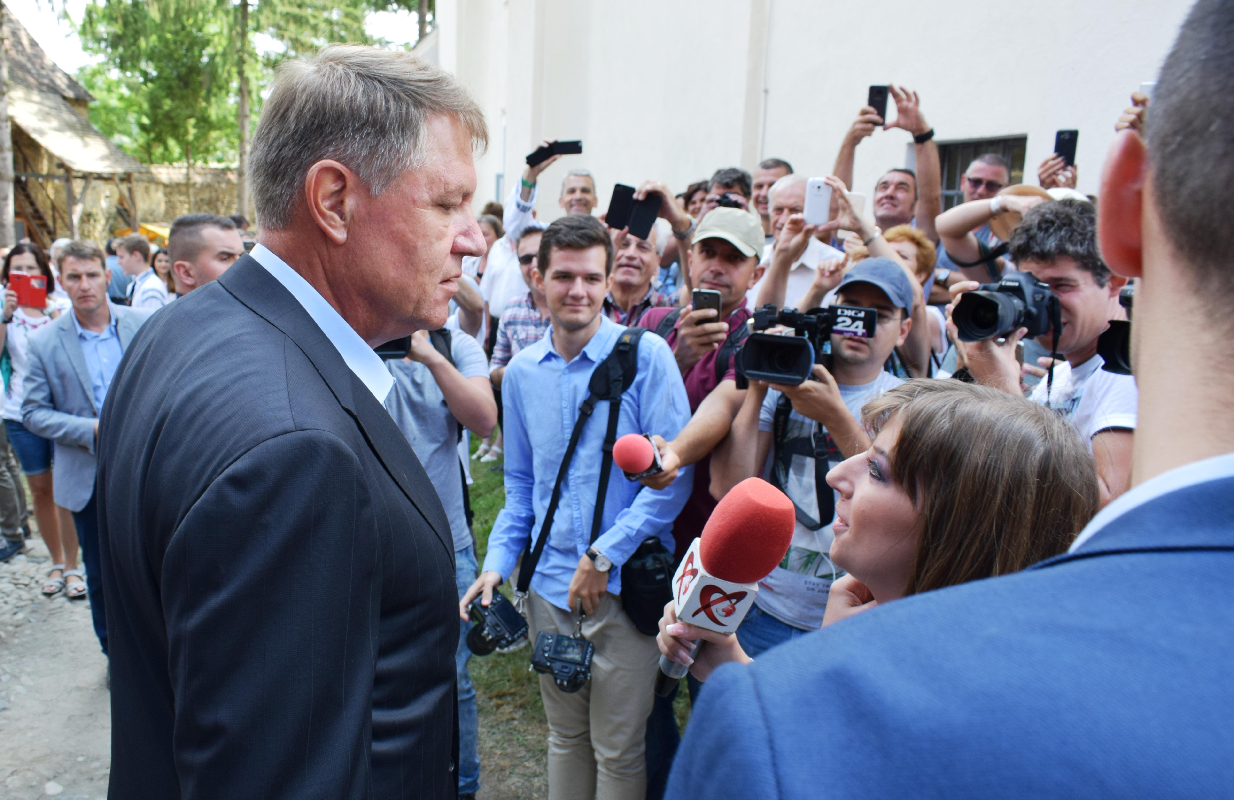 """Președintele Iohannis: """"Comunitatea săsească va serba împreună cu românii Centenarul Unirii"""""""