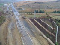 Ce spune Ministerul Transporturilor despre autostrada fisurată Sebeș-Turda