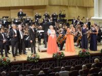 """40 de concurenţi din 15 ţări înscrişi la concursul de canto """"Vox Artis"""""""