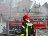Pompierii sibieni au intervenit în nouă localităţi pentru înlăturarea efectelor inundațiilor