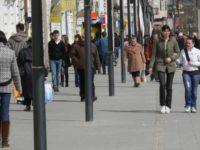 Românii, mai îngrijorați de criza politică decât de creşterea preţurilor