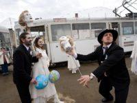 """""""Un tramvai numit Popescu"""" / foto: Scott Eastman"""