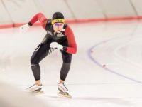 Născută la Sibiu, sportiva în vârstă de 26 de ani trăieşte din 2001 în Canada