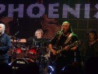 Phoenix cântă la Sibiucu casa închisă