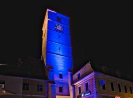Primăria și Turnul Sfatului vor fi luminate în albastru
