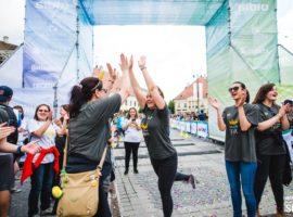 Trei alergători de la Maratonul Internațional Sibiu îți spun de ce merită să alergi și tu!