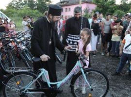 100 de copii din zona Mediaș – Copșa Mică au primit biciclete