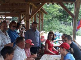 De 1 Iunie, PSD Sibiu i-a sărbătorit pe copiii fără părinți
