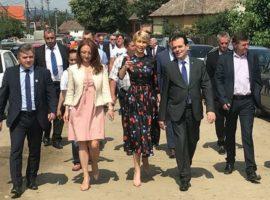 Președintele PNL, Ludovic Orban, a participat duminică la Ziua Mediașului, împreună cu liderii organizației județene PNL Sibiu / sursa foto: comunicat PSD Sibiu