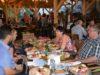 """La """"Cântecele Munților"""",gastronomia tradițională face casă bună cu muzica și dansurile populare"""