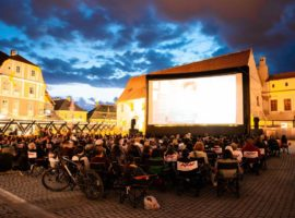 Peste 2.000 de sibieni au văzut filme la Caravana Metropolis