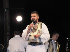 Festivalul va fi prezentat de Traian Stoiță