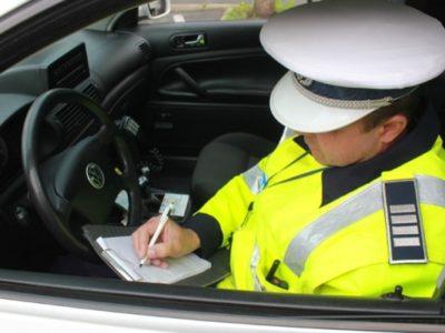 619 amenzi pentru șoferi și pasageri depistați fără centura de siguranță