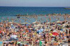 Vouchere de vacanță pentru angajații din sistemul public și în următorii doi ani