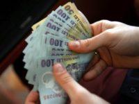 Românii pot lua, începând de astăzi, credite fără dobândă