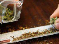 CUTREMURĂTOR! Vârsta medie de la care tinerii încep consumul de droguri a scăzut la 13 ani