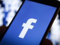 Activitatea favorită a românilor pe Internet: comentatul pe Facebook!
