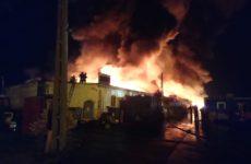 Incendiu devastator pe Calea Șurii Mari