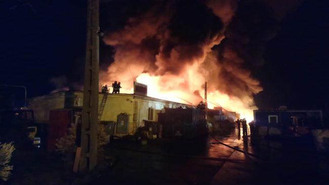 Două gospodării din Scoreiu, afectate de un incendiu