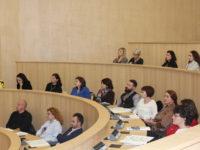 """Șefii din Consiliul Județean, instruiți cu fonduri europene să spună """"nu"""" corupției"""
