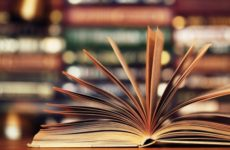 Topul celor mai vândute cărți la târgul Gaudeamus 2018. România, codașă la citit printre țările europene