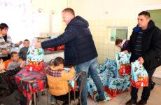 Cadouri de la Apă Canal Sibiu S.A.  pentru copiii de la Centrul de Plasament Orlat