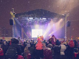 Concerte cu Andra, Narcisa Suciu, Vescan și Bibi la Târgul de Crăciun Șelimbăr