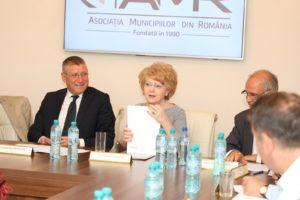 Primarul Sibiului reprezintă Asociația Municipiilor în  Consiliul European al Regiunilor